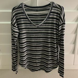 American Eagle Striped Long Sleeve Blouse